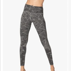 Beyond Yoga Pants - Beyond Yoga Fossilized High Waisted Midi Legging